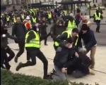 gilets jaunes,violence,presse,fascisme,censure